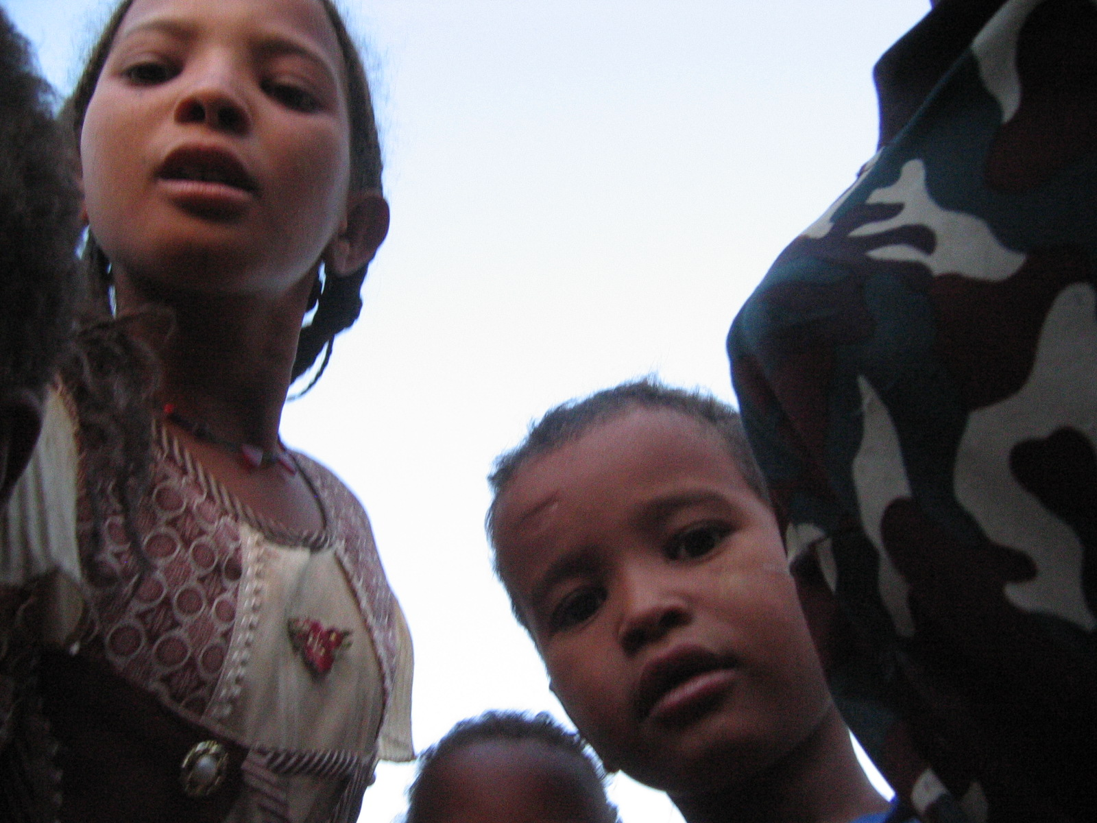 kids_facing_niger