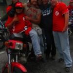 muchachos_caravana_motos1